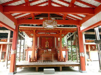 御霊神社 中之 本殿