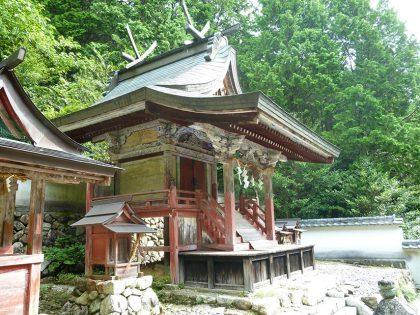 御霊神社 小和 本殿:左側より