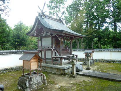 火雷神社 御山 本殿(右)