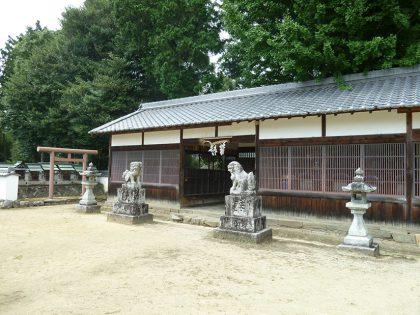 龍智神社 住川 拝殿:左斜め