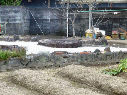 霊安寺 礎石1